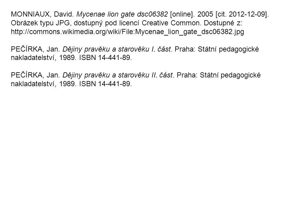 MONNIAUX, David. Mycenae lion gate dsc06382 [online]. 2005 [cit